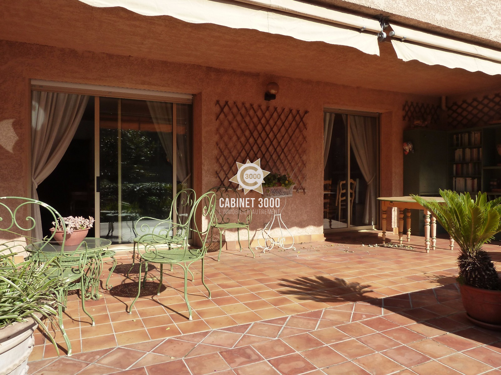 vente M1290 TOULON Cap Brun Rez de jardin F4 de 89 m²